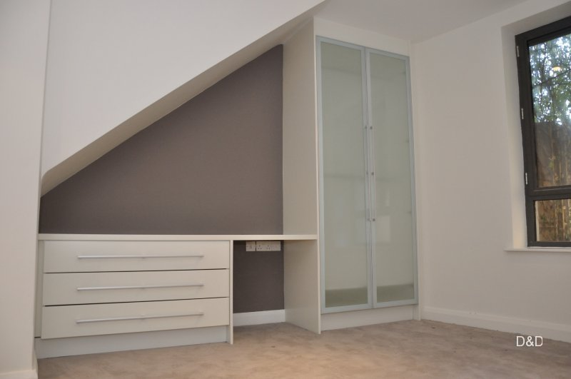 spray-painted-white-color-wardrobe-and-desk