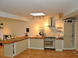 bespoke-hand-painted-kitchen-dd-carpentry