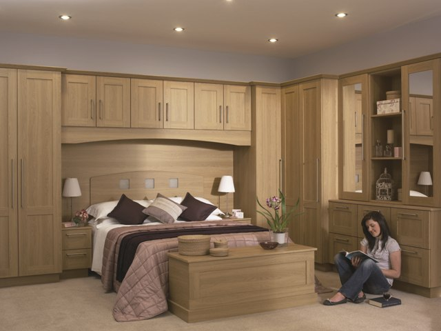 Lissa Oak Wardrobe